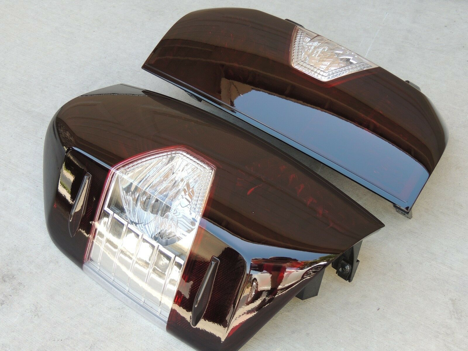 14 19 Tundra Smoked Tail Lights Black Oem Tinted Non Led