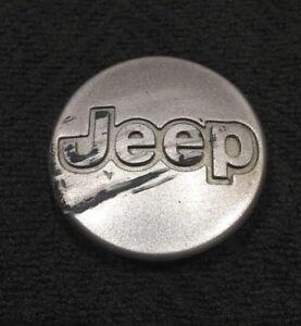 Jeep-Cherokee-Wrangler-5DY07-Factory-OEM-Wheel-Center-Rim-Cap-Hub-Cover-Lot-4T
