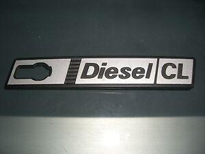 Emblem-Badge-Kotfluegel-rechts-Front-Wing-right-Fiat-Ritmo-Diesel-CL-1-Serie