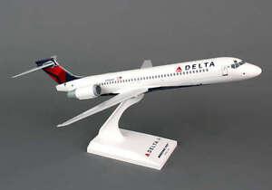 Details about Skymarks Delta 717 1/130 New Livery SKR760