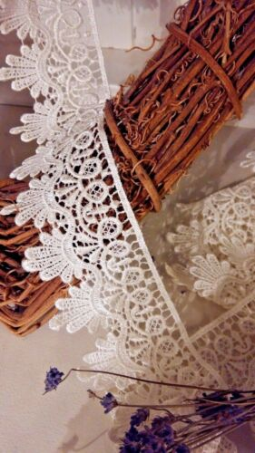 "2 Metres x 55mm//2.25/"" Wide Satin Finish Guipure Lace Trim *FREE 1ST CLASS*"
