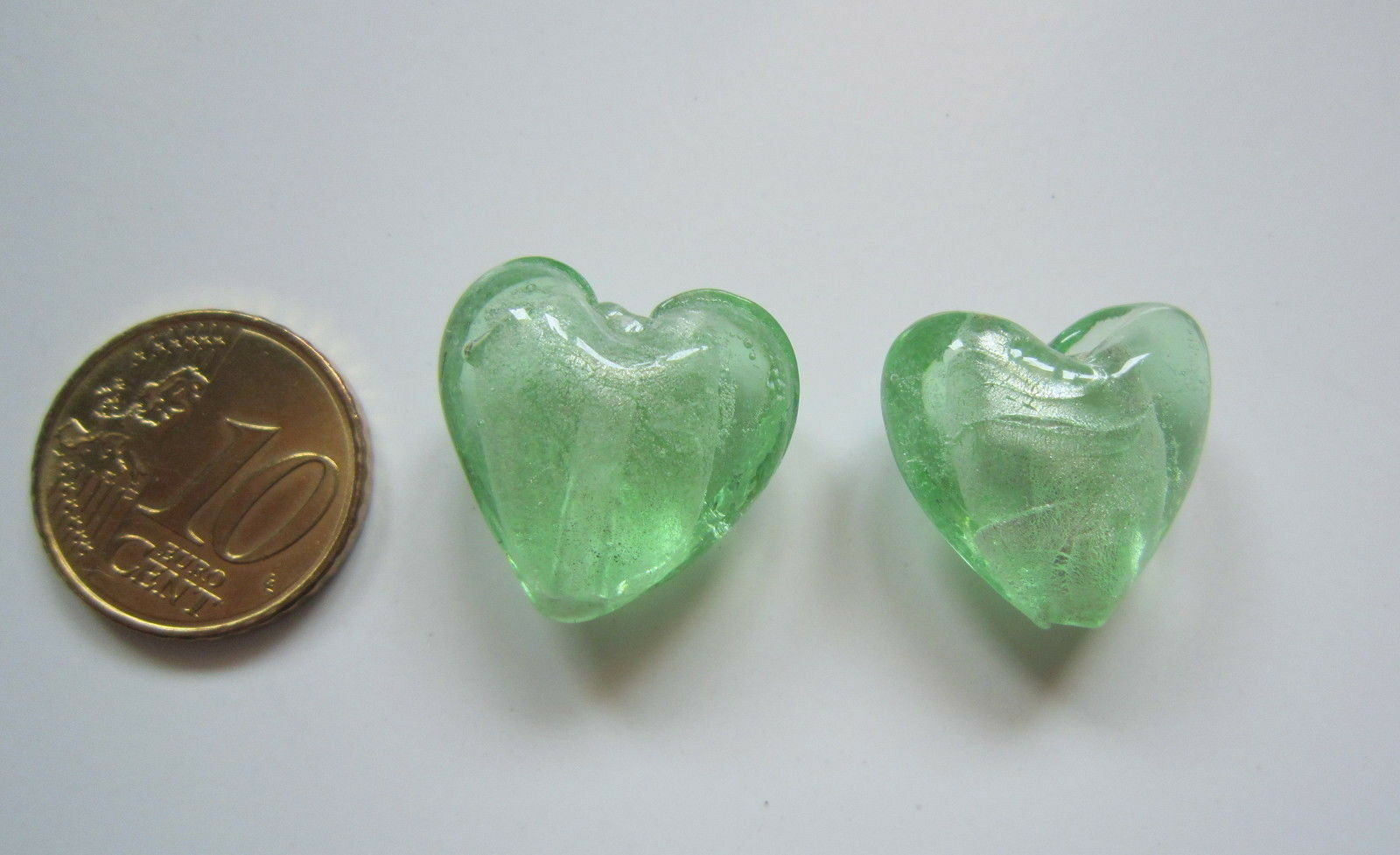 Perlas corazón cristal verde 20 mm X 2 UNIDADES acabado aceitoso abalorios