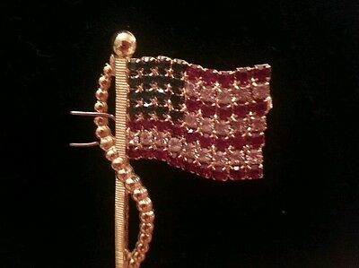 14K GOLD TONE PREMIER CHIC  6.3 (ct) CRYSTAL USA AMERICAN FLAG TASSLE DESIGN PIN