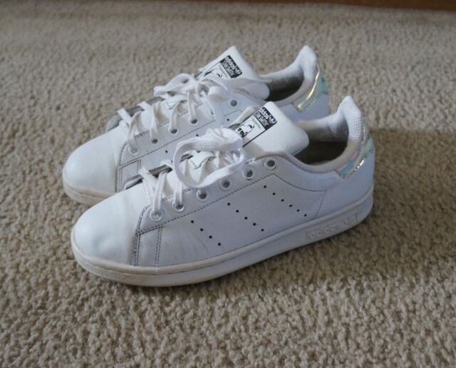 Nouveaux produits 26ef0 a5f1e adidas Originals Stan Smith J White Iridescent Hologram Women Shoes Sz 6  AQ6272