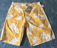 Arizona Jean Co. Men's Yellow White Hawaiian Print Shorts 32
