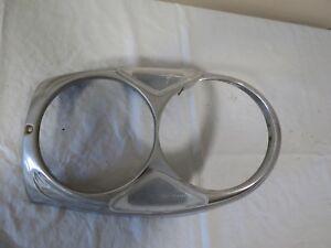 65-67-68-69-70-72-Mercedes-w108-w109-FRONT-Left-DRIVER-Headlight-Surround-OEM