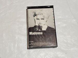 MADONNA Cassette 1983 Sire Records Double Insert Jacket