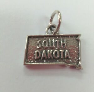 South-Dakota-Sterlng-Silver-Charm
