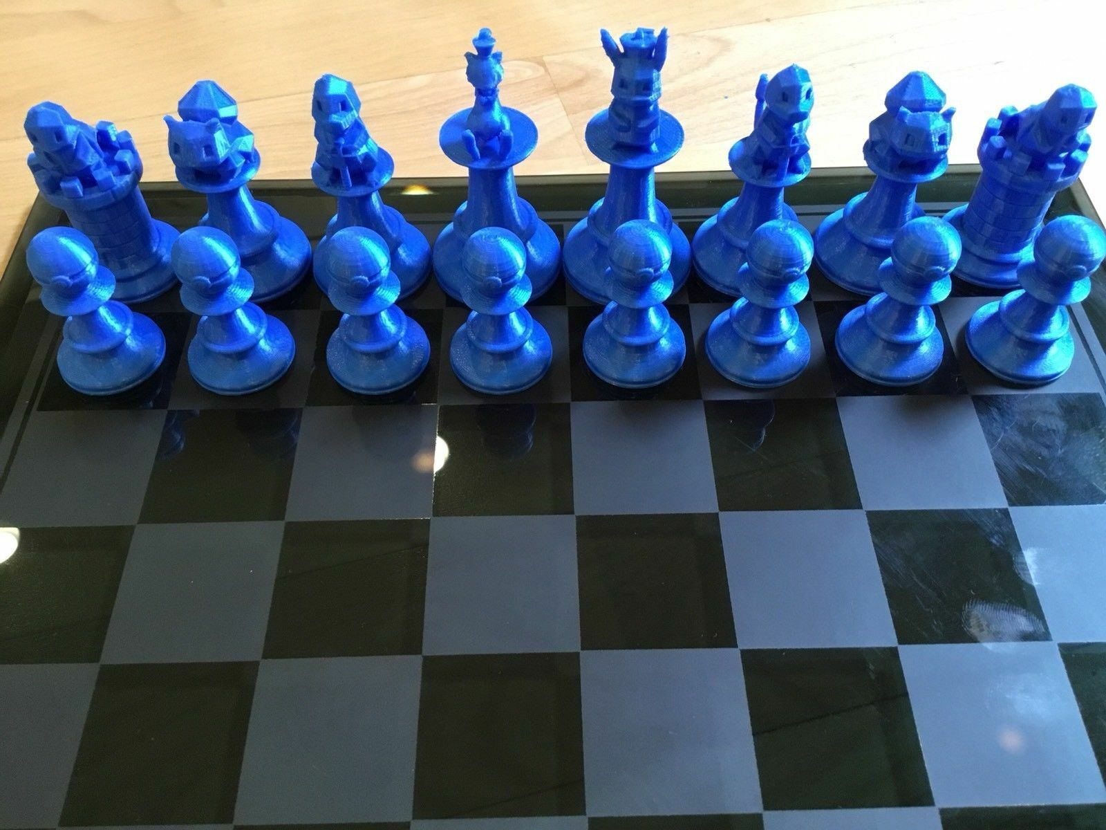 Pokemon Chess Set Squirtle, Pikachu, Mew, Charmander, Charmander, Charmander, Pokeball, Bulbasaur Ver. 1 8120f1
