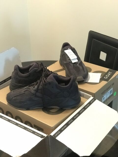 new arrival 2a2cb b14be Yeezys Boost 700 utility black GOAT SIZE 10.5