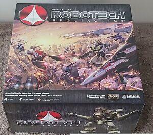 Robotech RPG Tactics board game & Battle Cry Bonus set #1 & destroids & pods