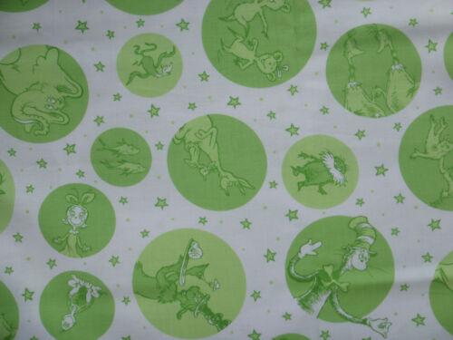 Dr Seuss for Robert Kaufman Lt Green//White Fabric by the Yard Celebrate Seuss