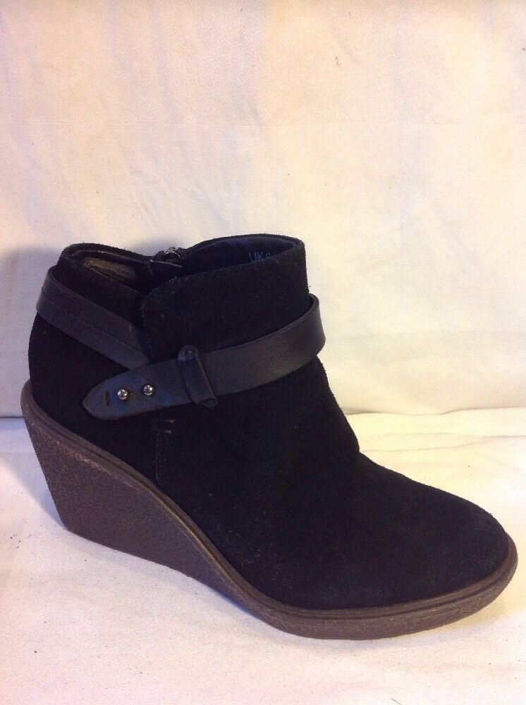 Indigo Collection Black Ankle Suede Boots Size 6