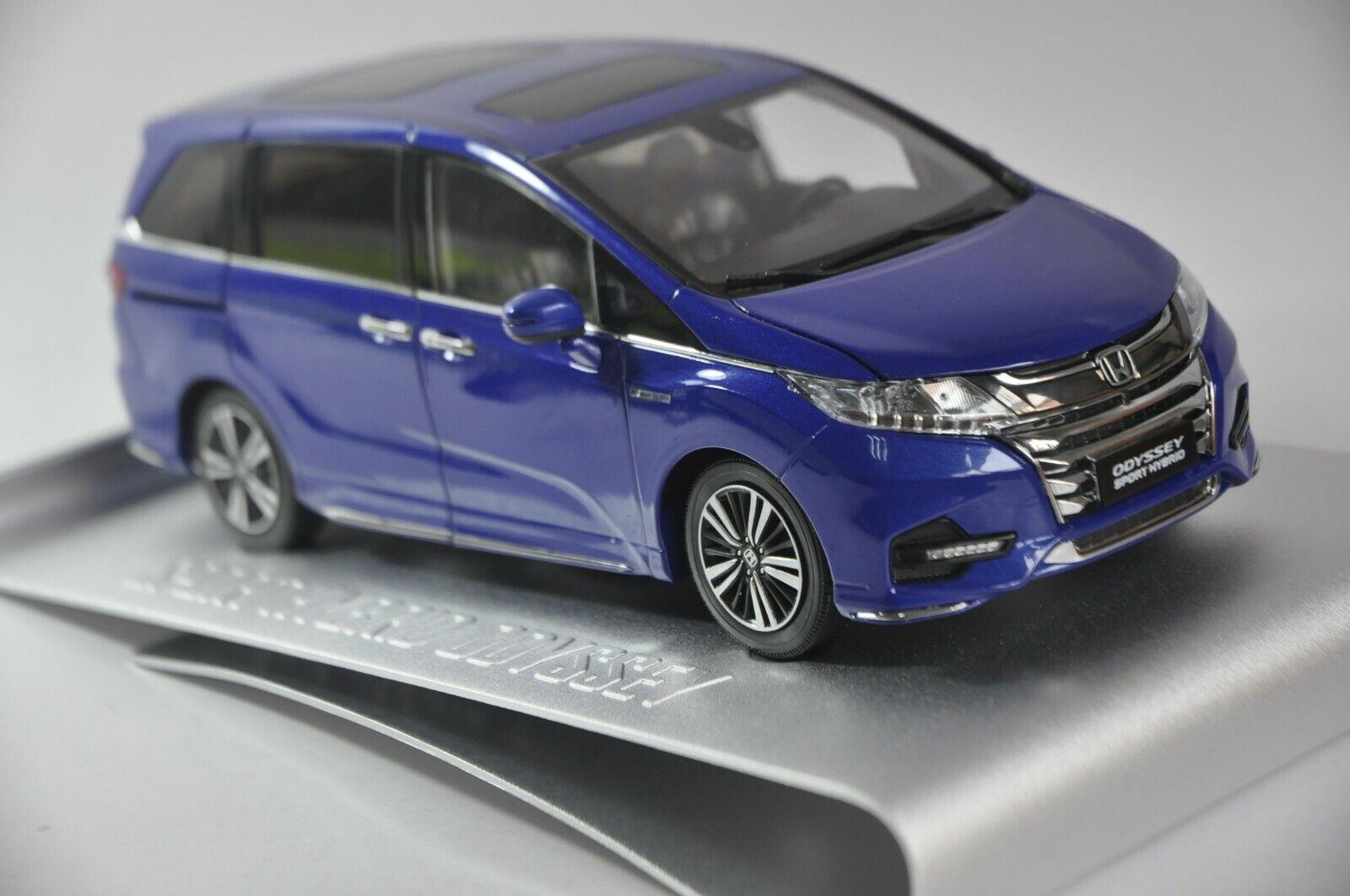 Honda Odyssey sport hybride 2019 modèle de voiture  en échelle 1 18 Bleu  sortie de marque
