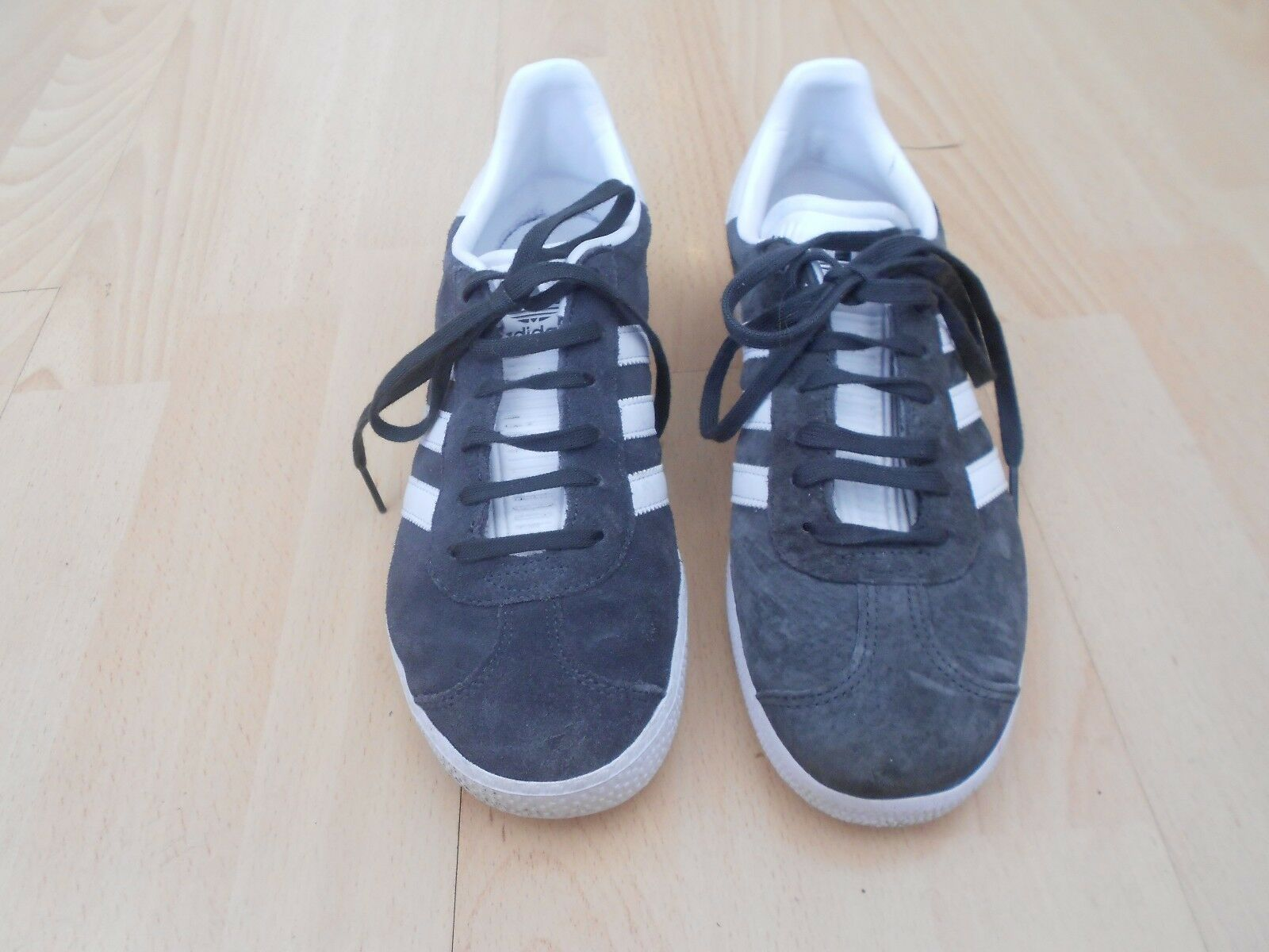 ADIDAS GAZELLE  TRAINERS UK SIZE 5 -  GREY SUEDE - IN GOOD COND