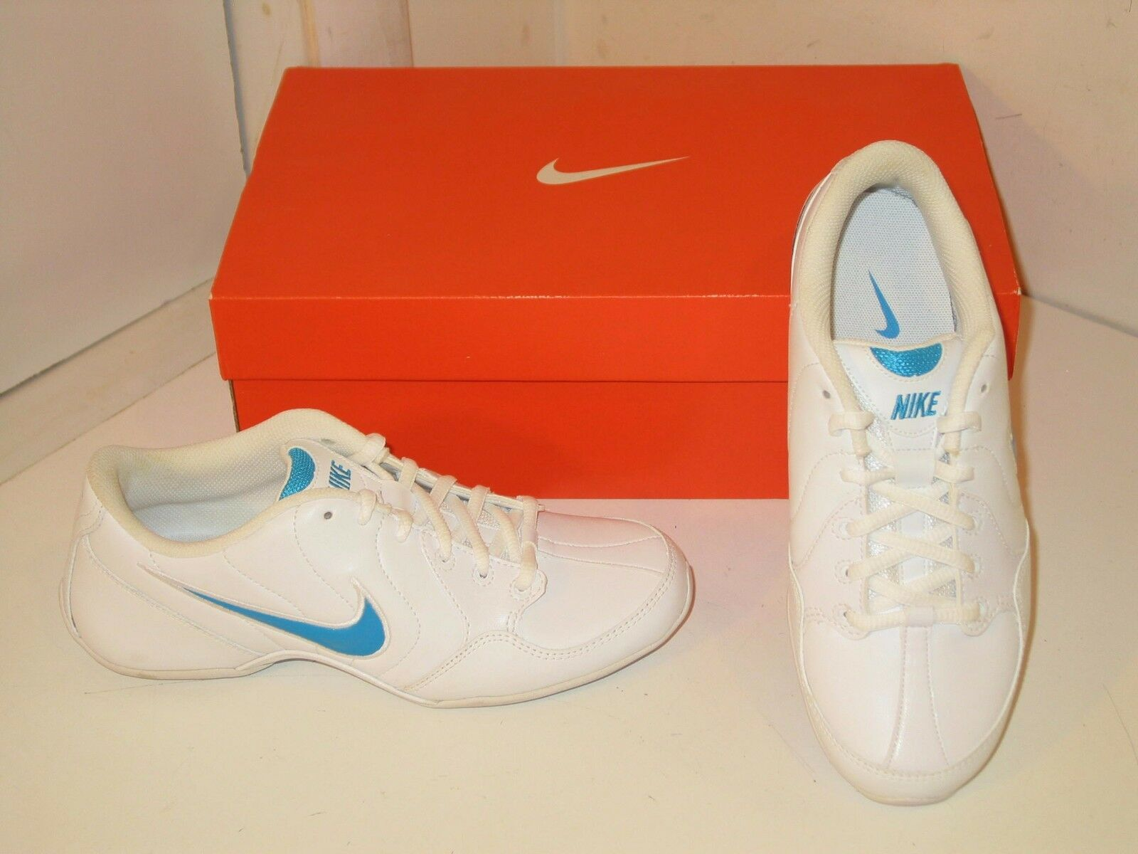 Nike Musique VI 6 Dance Gym Fitness Training Athletic Sneakers shoes Womens 5.5