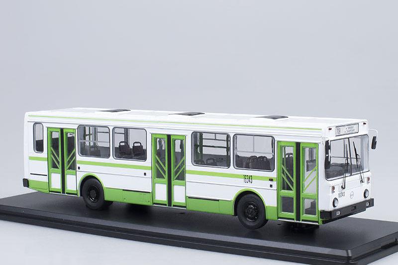 LIAZ 5256 USSR   russian city bus  1 43 Start Scale Models SSM4022