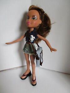 Bratz-doll-Long-light-brown-hair-denim-skirt-top-dress-slacks-amp-shoulder-bag