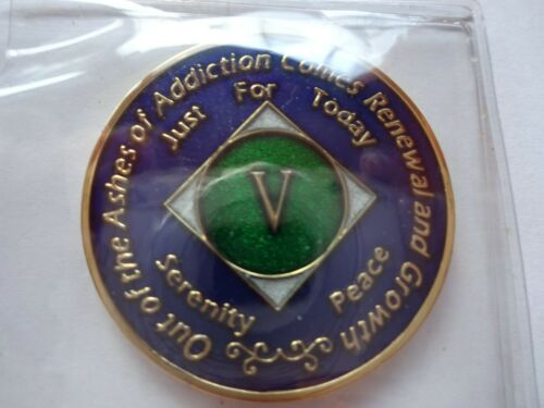 Capsule/&Stand NA Blue Gold Coin 5 Year Tri-Plate Narcotics Anonymous Medallion