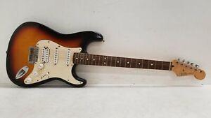 Fender Stratocaster MIM #MZ4129042 Electric Guitar Sunburst P&R