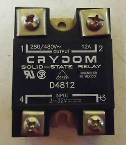 USED SOLID-STATE PANEL MOUNT RELAY; CONTROL VOLTAGE TYPE #D4812