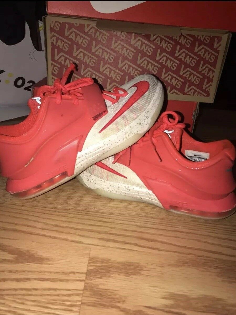 purchase cheap f8f21 16f9e Nike KD 7 Christmas Egg Nog Size Size Size 6 f1f66f