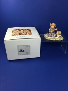 Vintage-M-I-Hummel-3-5-x-034-5-034-Heavenly-Lullaby-Figurine-262-TMK-7-w-Box-MIB
