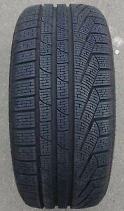 1-Pneus-hiver-Pirelli-Sottozero-Hiver-240-Serie-2-M-S-245-40-r20-99-V-e1258