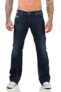 JEANS-DIESEL-ZATINY-r86l0-Uomo-Pantaloni-Regular-Boot-Cut-Bootcut-l30-l32-l34-BLU