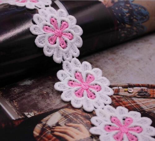 2 Yards Stick-Spitze gestickt Applikation Ornamente Blumen Spitze Lace 4.5cm