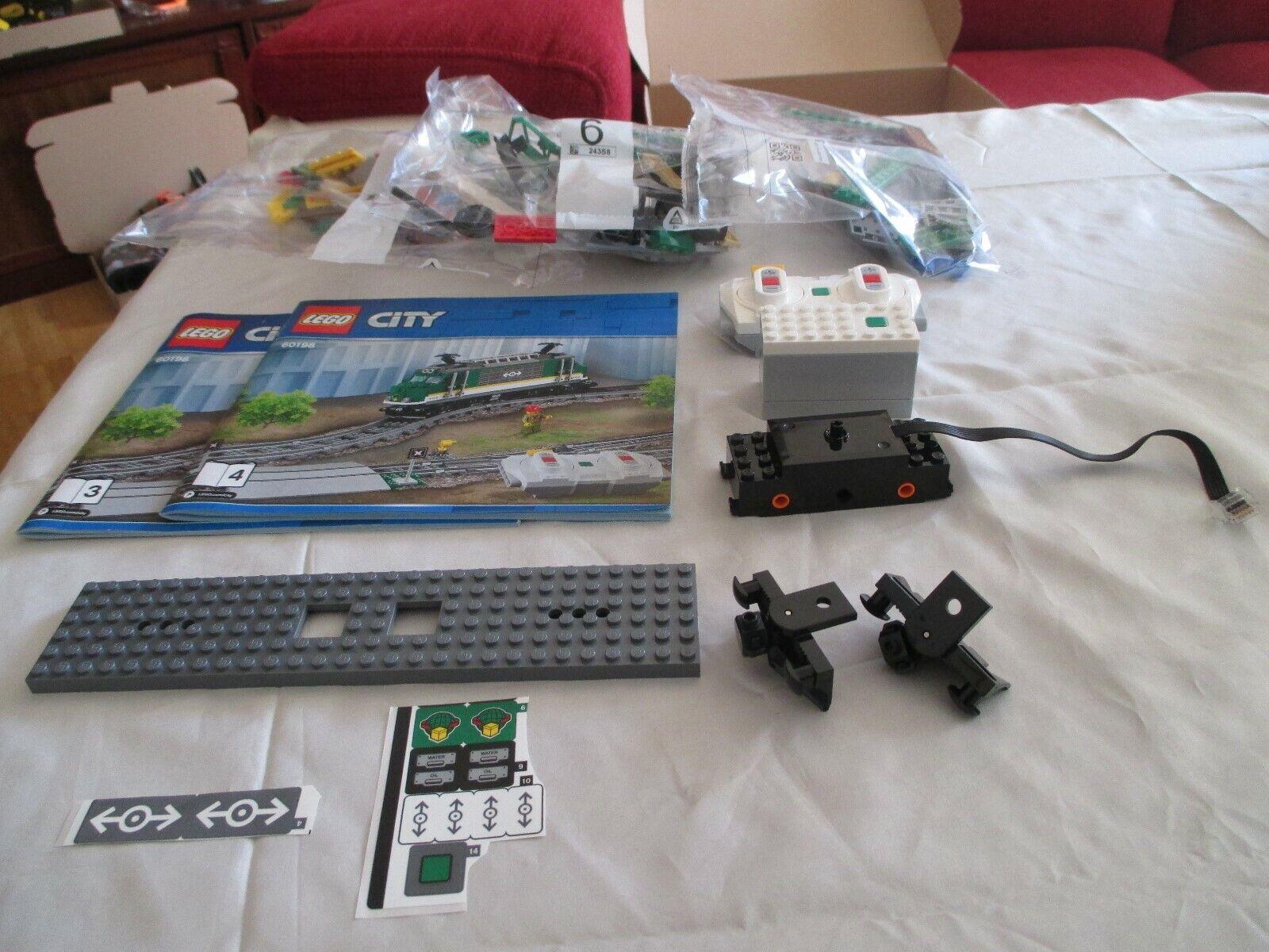 LEGO 60198 City  Lokomotive mit Blauthoth-Fernbed. mit Motor mit Bauanleitung