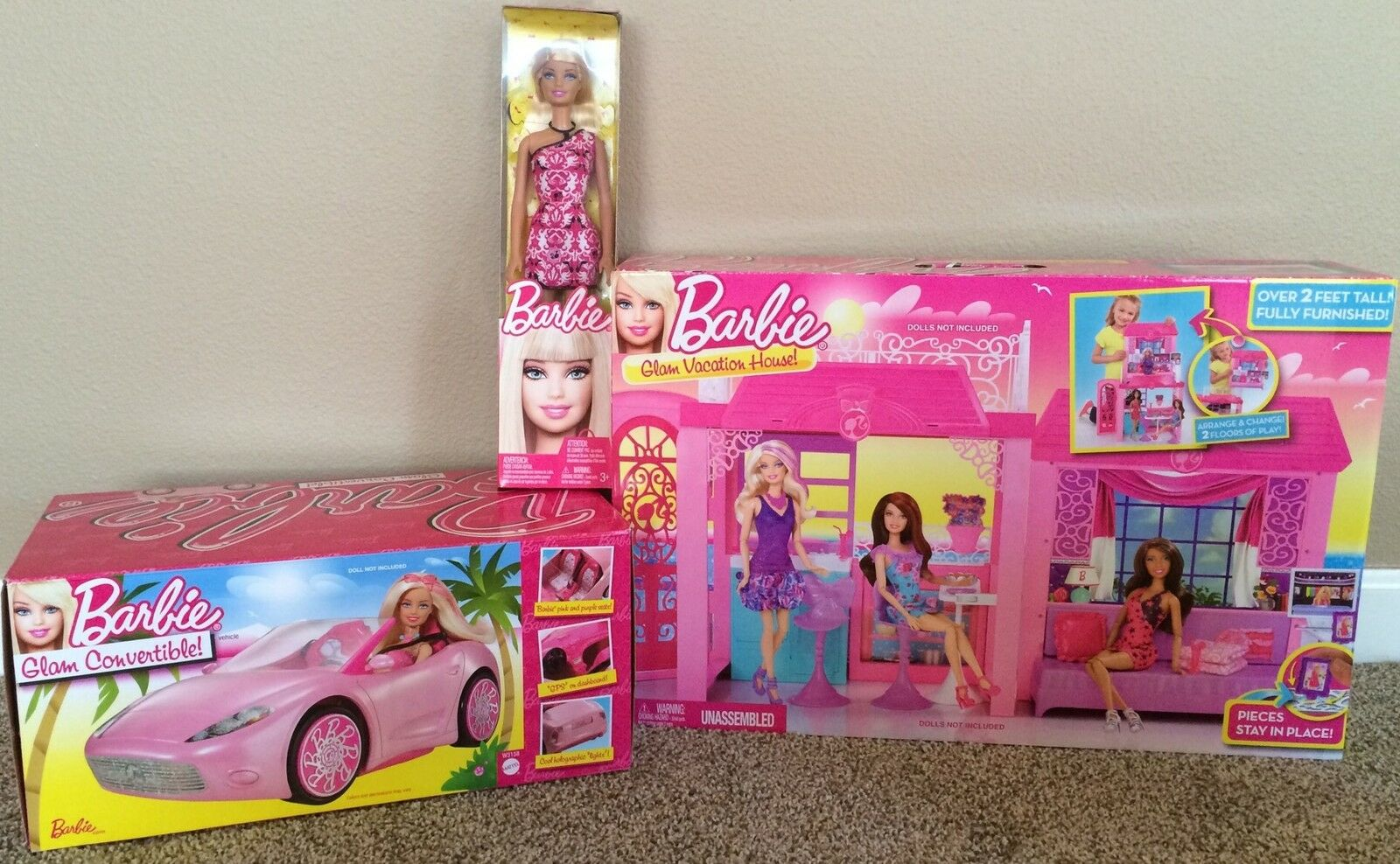 Barbie Doll & Glam Vacation haus & ConGrünible voiture Play Set NIP