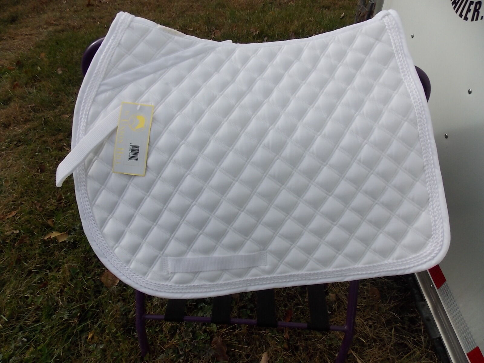 LETTIA  ENGLISH ALL  PURPOSE SADDLE PONY PAD WHITE WITH WHITE PIPING  outlet
