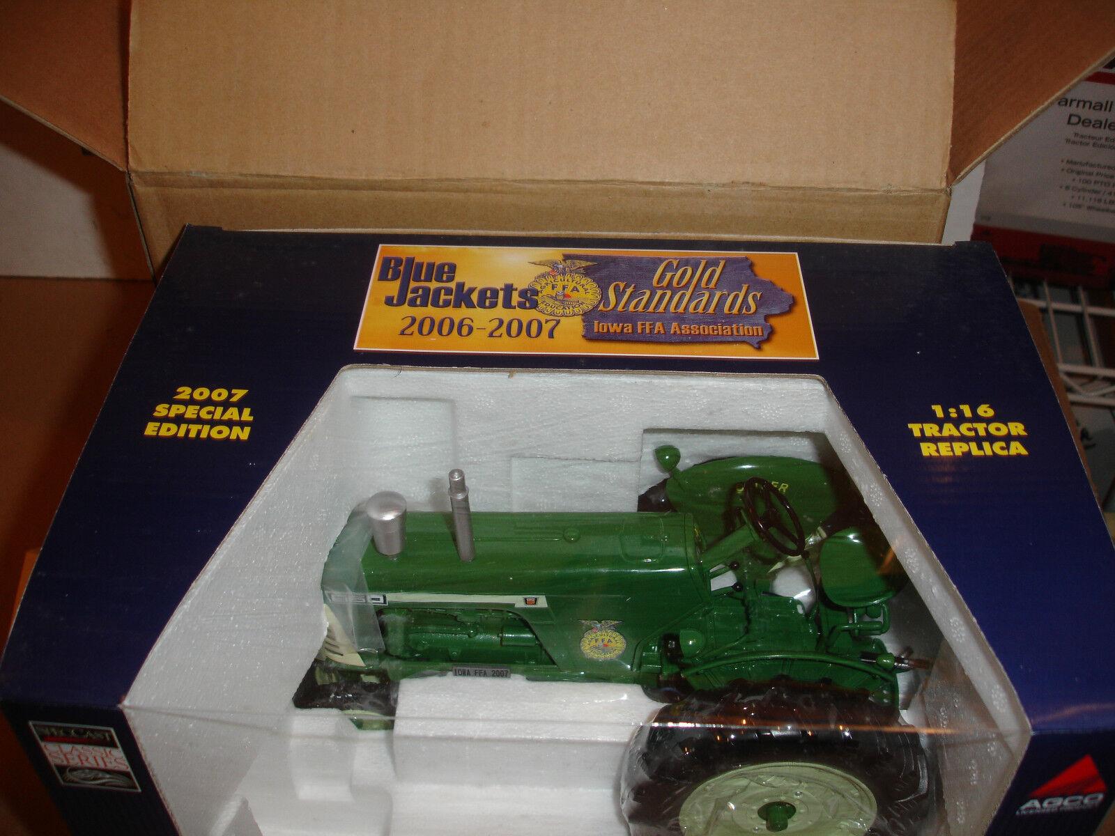 1 16 OLIVER 660 Iowa FFA jouet tracteur