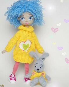 Amigurumi-Puppe-Julia-Handarbeit-Geschenk