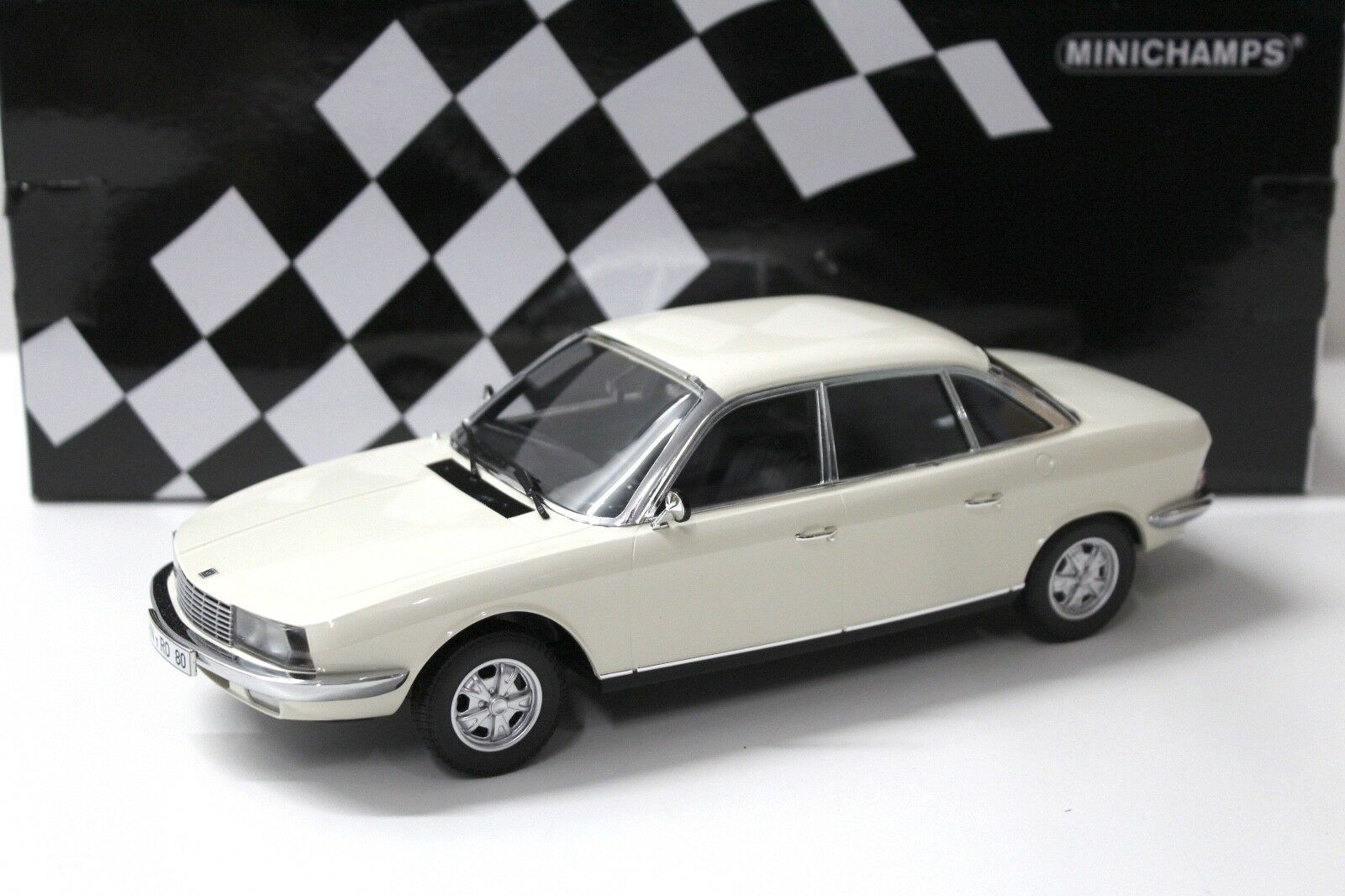 1 18 Minichamps Audi NSU Ro 80 blanco 1972 New en Premium-modelCoches