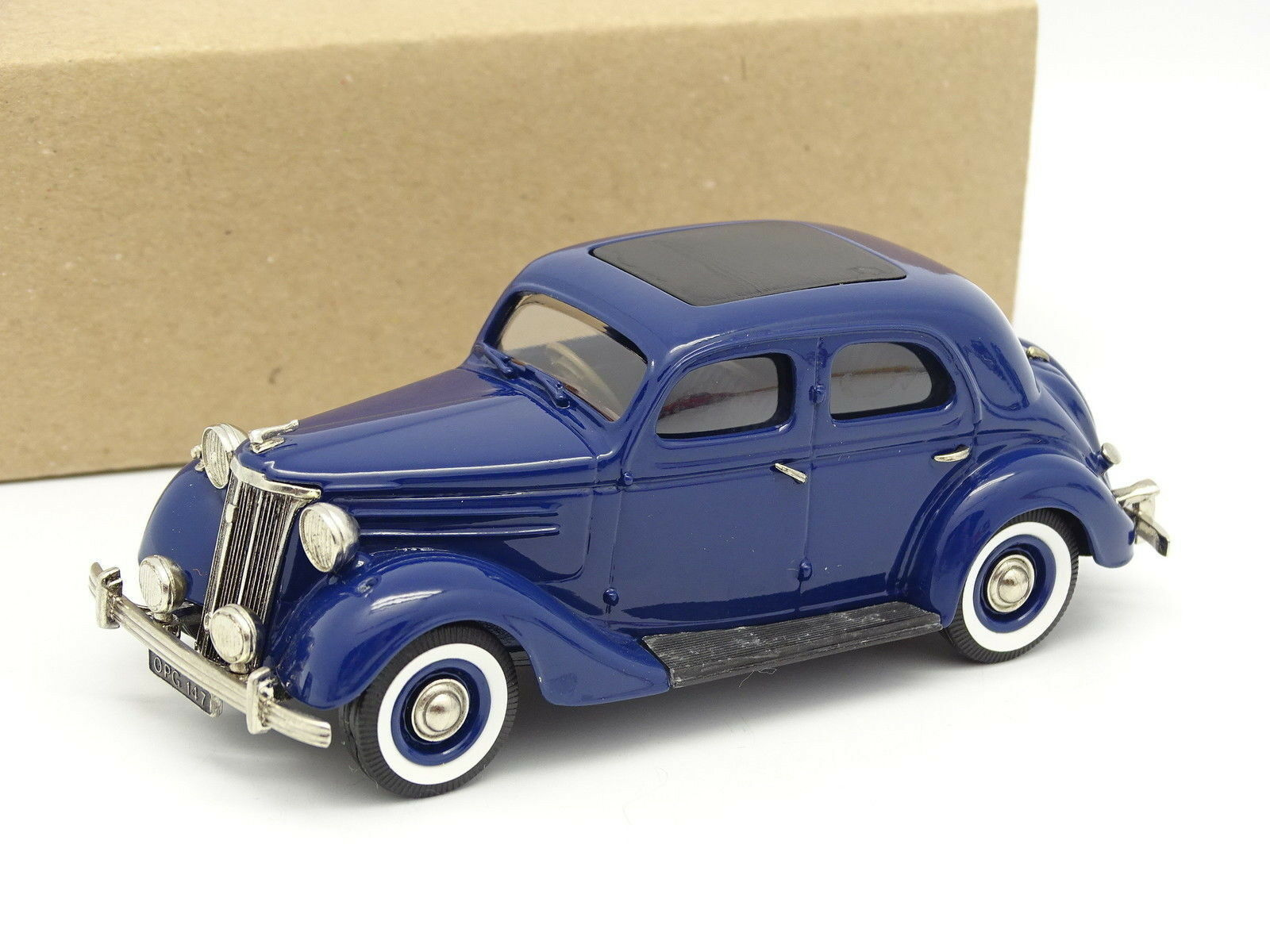Lawsdowne Modelos SB 1 43 - Ford V8 Pilot 1948 blu