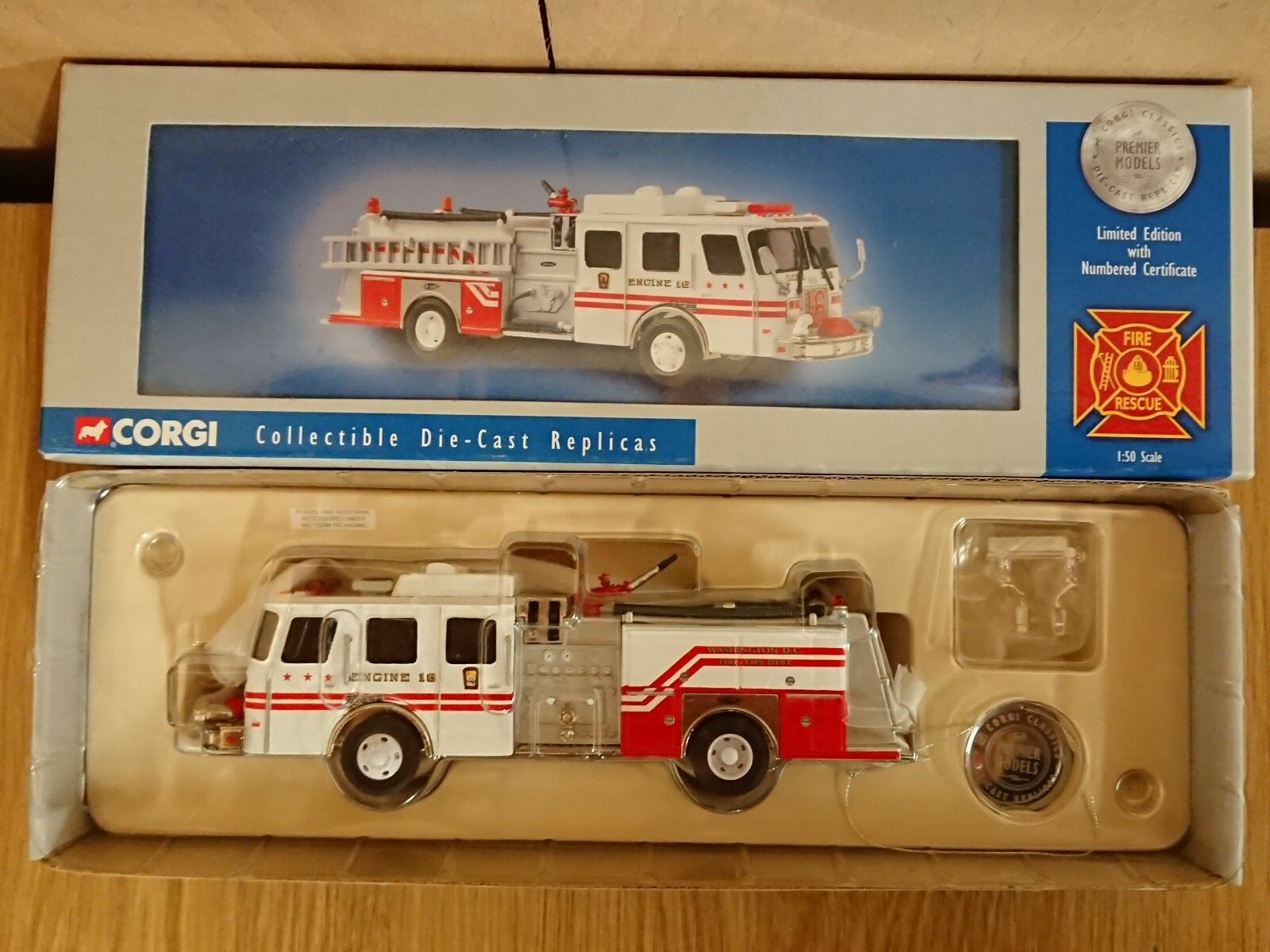 Corgi 54706 E-One Side Mount Fire Tender Washington D.C. Ltd Ed No. 0003 of 3100