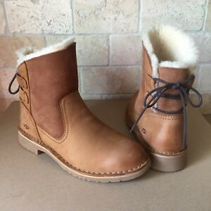 7939b693da7 Details about UGG Naiyah Chestnut Fur Leather Lace-up Bow Ankle Boots  Booties Size 9 Womens