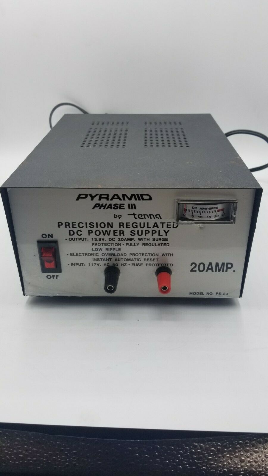 table5-direct Pyramid Phase III Regulated Power Supply 13.8V 20 Amp Model PS-20