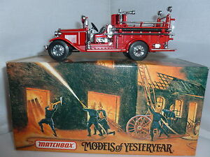 MATCHBOX DIECAST FIRE ENGINE YFE09 1932 FORD AA OPEN CAB FIRE ENGINE