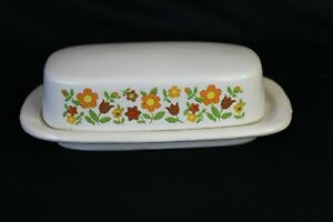 McCoy Covered Butter Dish Mid Century White Floral Daisy Chain Heavy Pottery
