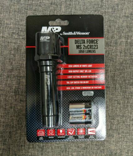 Smith /& Wesson 1078458 Black M/&P Delta Force CS 2xCR123 CREE LED Flashlight