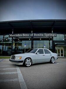 Mercedes-Benz E-Class 300