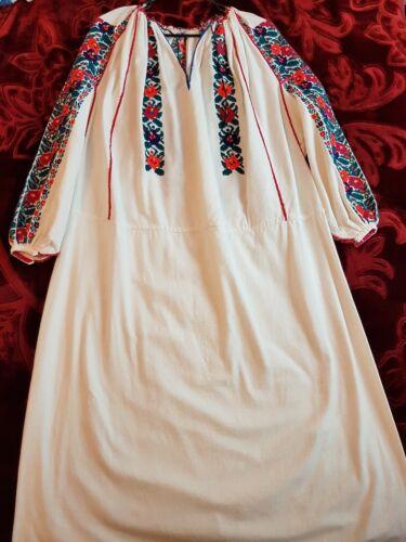 Romanian Vintage Stunning Traditional Dress Vintage Stunning Traditional Romanian q4R7zz