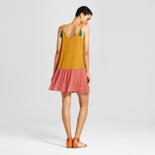 Women/'s Color Blocked Piped Dress NEW Mossimo Supply Co Gold Size: S
