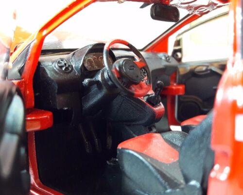 LGB 1:24 Maßstab Rot 2009 Ford Ka Grand Prix 1.2 Druckguss Modell Auto Motormax