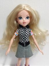 2009 MGA Moxie Doll Blonde #10 Blue Eyes Jean Dress Outfit Purple Boots EUC