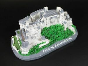 Salzburg-Festung-Hohensalzburg-Souvenir-Poly-Modell-Polyresin-14-cm-Osterreich