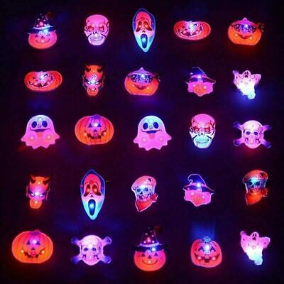 4 LED Flash Lights Glowing Brooch Pin Halloween Ghost Skull Kids Badge